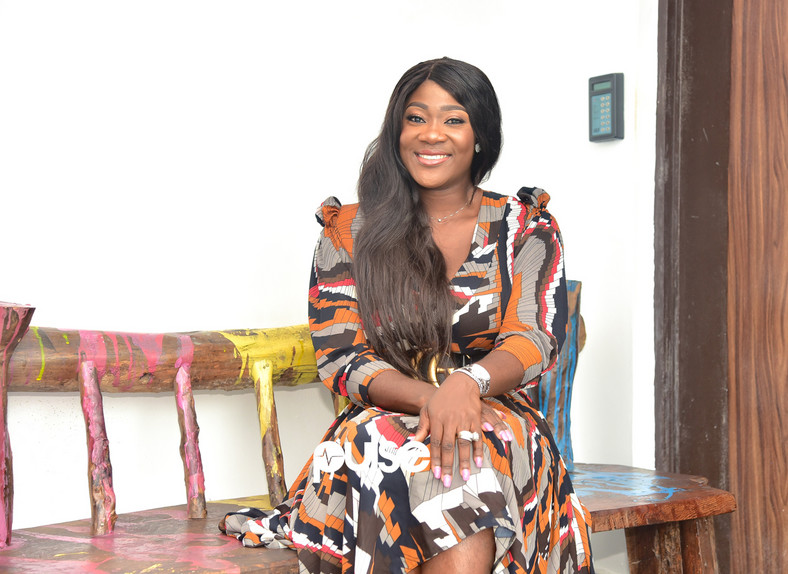 According to her, the show will feature celebs and public figures. The core concept of the show is this-, Mercy Johnson-Okojie and her guest will cook and gist at the same time