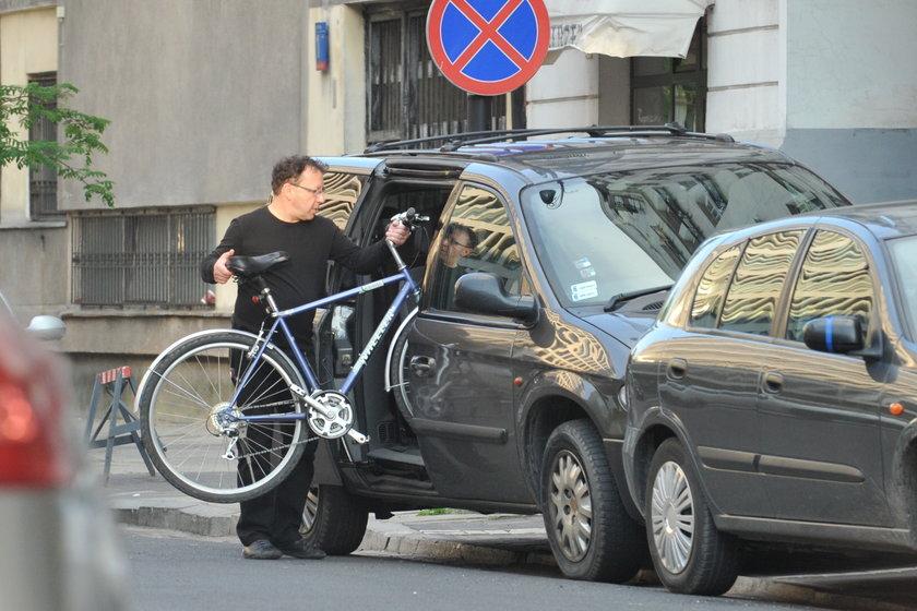Zbigniew Zamachowski z rowerem