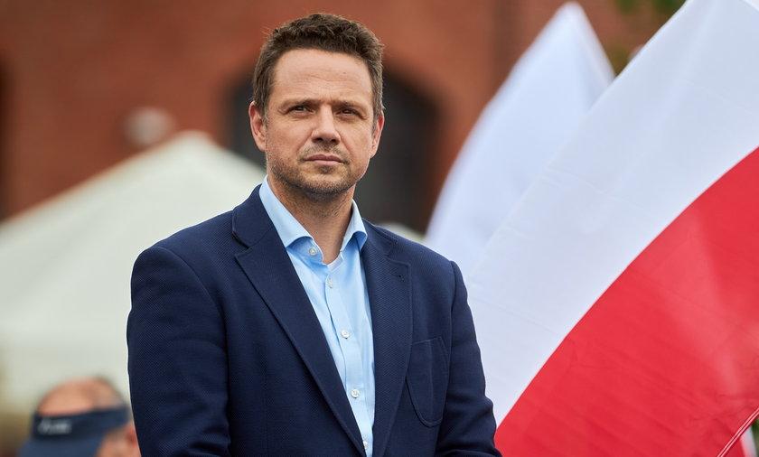 Równość kobiet i mężczyzn jako prawo realizowane przez samorząd we wszystkich obszarach – to główna zasada Europejskiej Karty Równości Kobiet i Mężczyzn w Życiu Lokalnym podpisanej przez prezydenta Warszawy Rafała Trzaskowskiego.