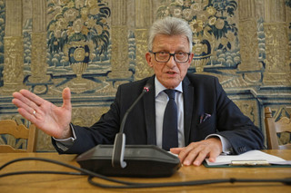 Burzliwe obrady komisji o SN i KRS: Budka do Piotrowicza: Pan zamienia parlament w cyrk. Nie zmyje pan hańby za to, co pan robi w tej komisji