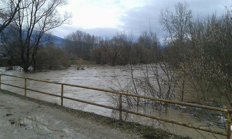 570800_vranje-vranje-9999-poplave-foto-veselin-pesic