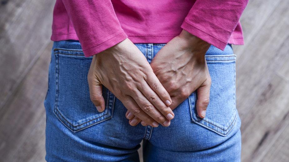 Hemoroidy po porodzie — skąd się biorą i jak sobie z nimi radzić?