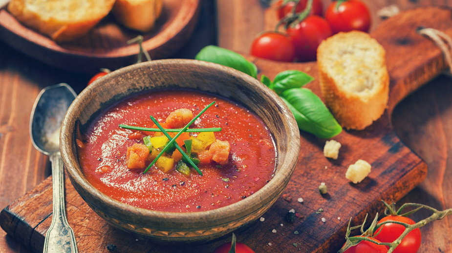 Zupa gazpacho. Prosty przepis na pełne witamin danie hiszpańskie