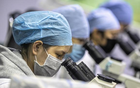 Naučnici kažu da je novi virus proizvod prirodne selekcije a ne genetskog inženjeringa (foto: laboratorija u Guangdžou)