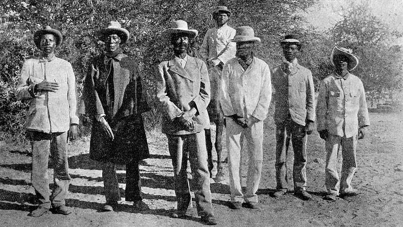 Znalezione obrazy dla zapytania plemię herero w namibii zdjecia