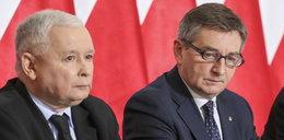 Miażdżący sondaż dla PiS. Kaczyński nie miał innego wyjścia?