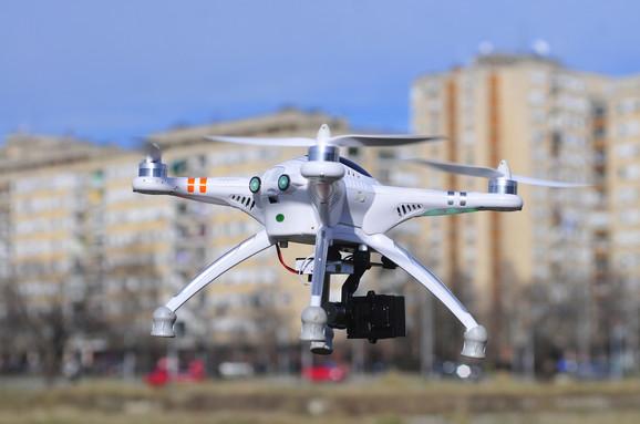Mašinci se bave i dronovima