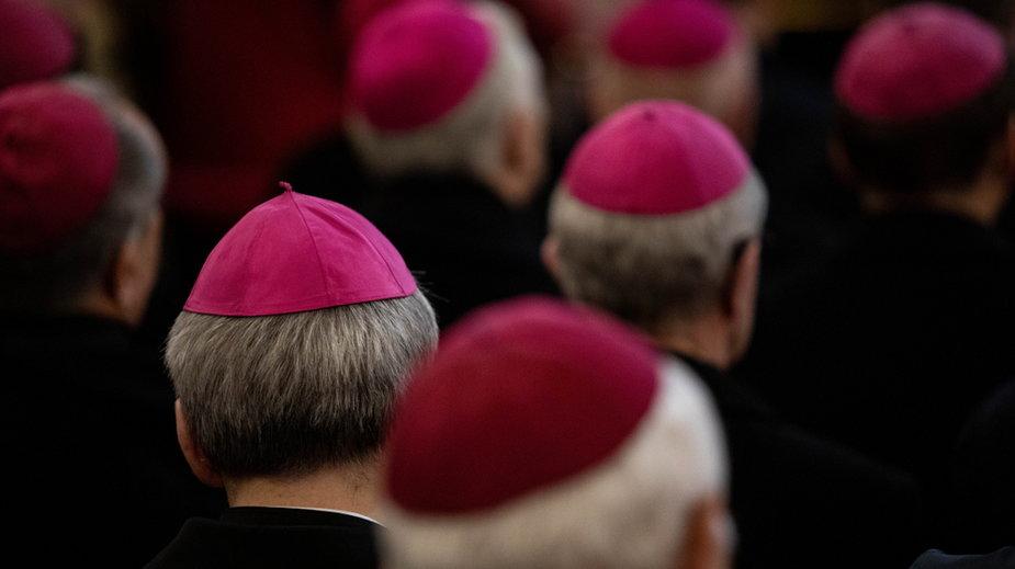 Watykan karze kolejnych polskich biskupów. (zdjęcie ilustracyjne)