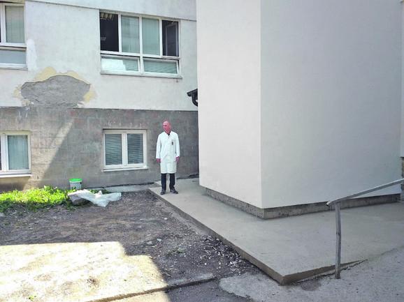 Da li je u pitanju ažurnost inspekcije ili netrpeljivost nekog u gradskoj vlasti prema direktoru bolnice dr Zoranu Drobnjaku