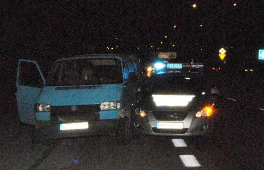 Pościg w centrum Radomia. Ranni policjanci