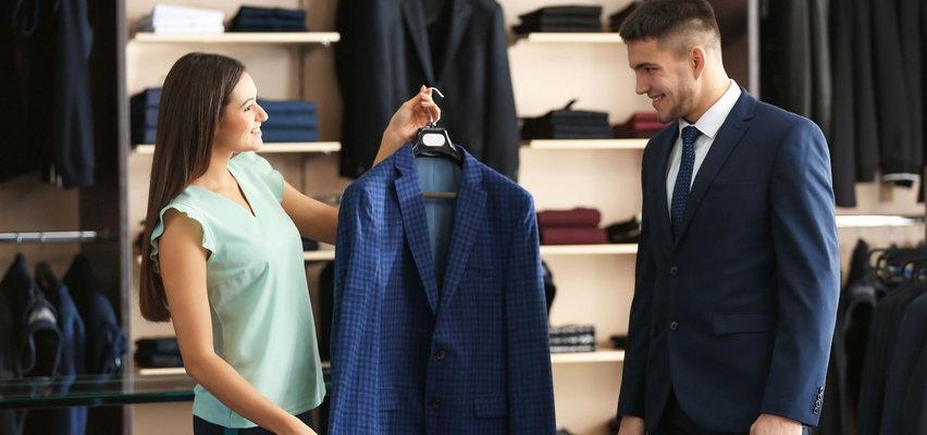 Trzy polskie marki odzieżowe okłamywały klientów. Jest postępowanie
