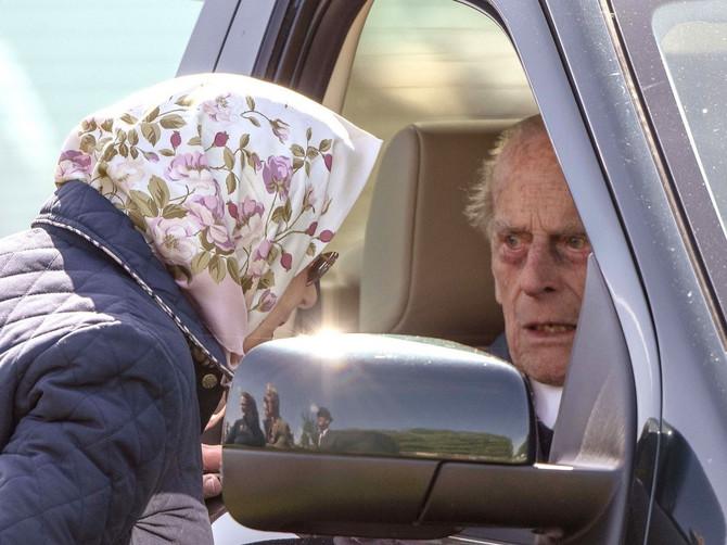 Kraljica i princ danas proslavljaju 72 godine braka: Niko ne zna šta se zapravo desilo 1947. godine IZA ZATVORENIH VRATA