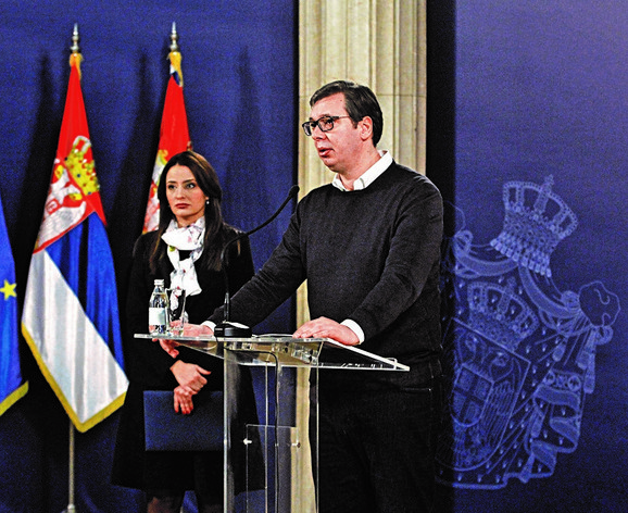 Predsednik Vučić i ministarka Kuburović