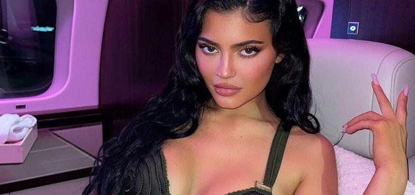Kylie Jenner spodziewa się dziecka? Fani nie mają wątpliwości!
