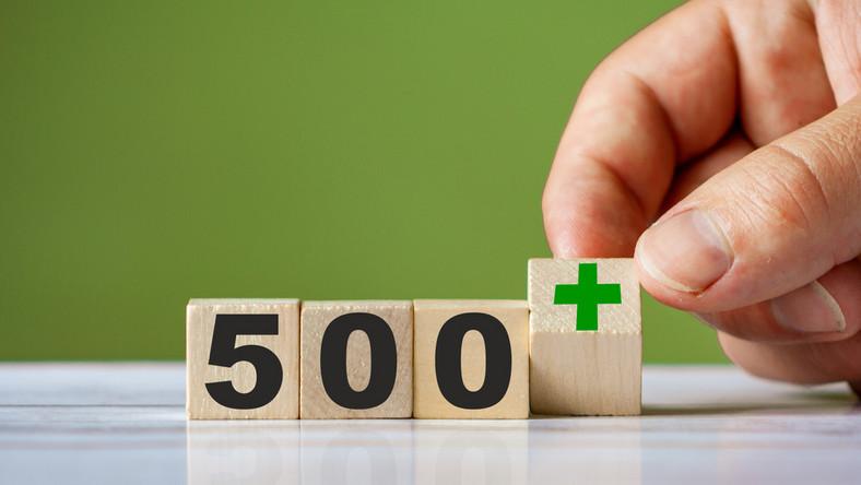 500 plus fot. shutterstock