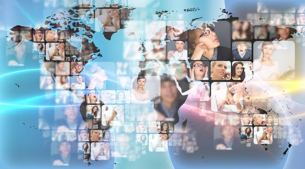 Ranking 100 największych firm translatorskich zawiera porównanie najlepszych graczy na rynku tłumaczeń ustnych, pisemnych i lokalizacji w oparciu o dochody oraz wielkość rynku.