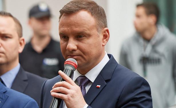 Prezydent Andrzej Duda powinien zawetować ustawy ws. zmian w sądownictwie - uważa wicemarszałek Sejmu Stanisław Tyszka z Kukiz' 15.