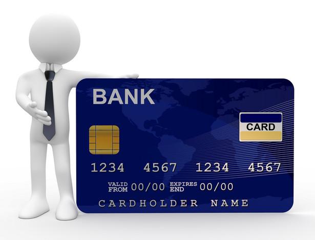 Jeśli Visa i MasterCard nie obniżą opłat za transakcje, stawki będą regulowane administracyjnie.