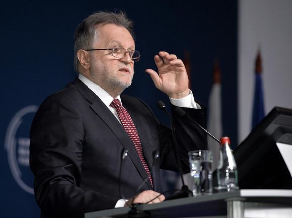 Dušan Vujović govori na Kopaonik biznis forum