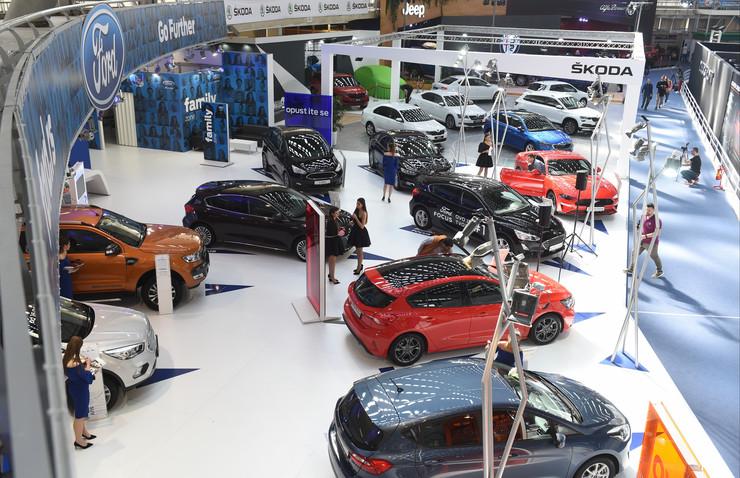 sajam automobila vozila automobili
