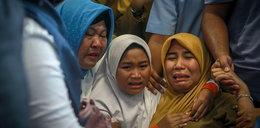 Katastrofa samolotu w Indonezji. Dramat rodzin ofiar na lotnisku