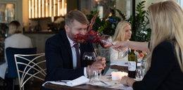 """""""Na dobre i na złe"""". Z zemsty Agata obleje Maksa winem! Co zrobi z pierścionkiem zaręczynowym?"""