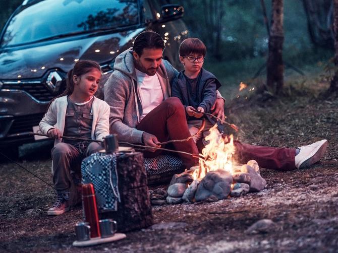 Mame, učinite nezamislivo – prepustite njemu planiranje putovanja sa decom!