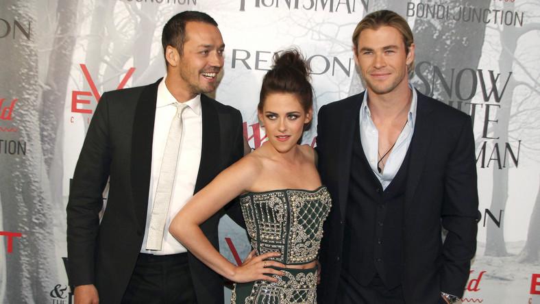"""Rupert Sanders i Kristen Stewart oraz Chris Hemsworth na premierze filu """"Królewna Śnieżka i Łowca"""""""