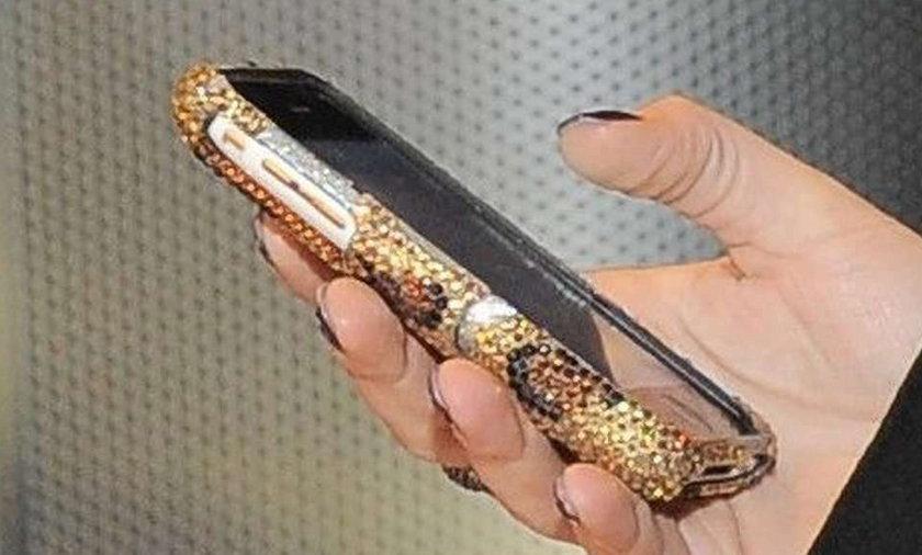 Czyj to telefon?