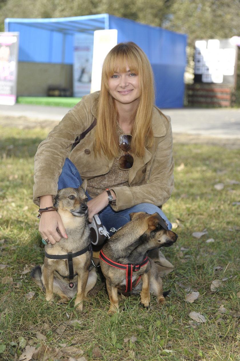 Anna Rusowicz i jej psy ze schroniska