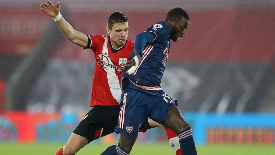 Jan Bednarek w meczu z Arsenalem