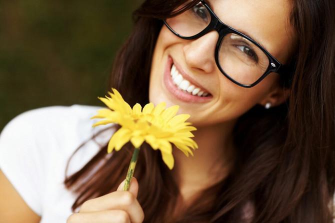 Smeh leči i ulepšava