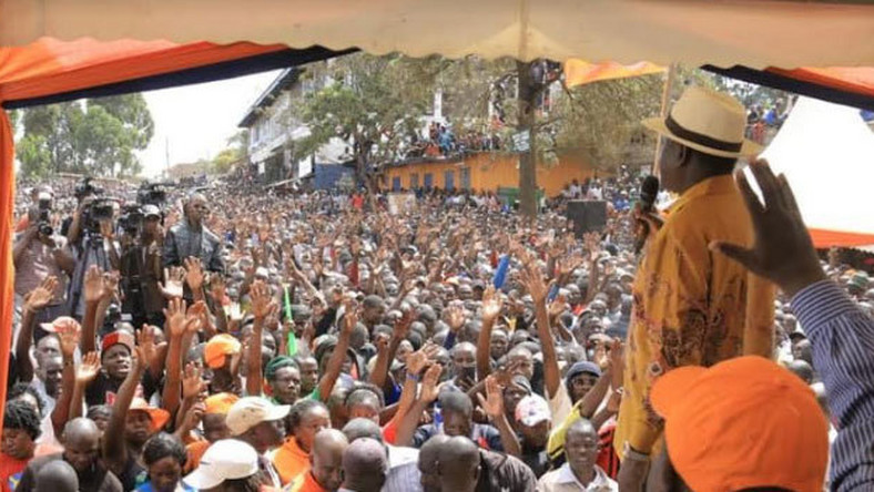 Raila Odinga addressing Kibra residents