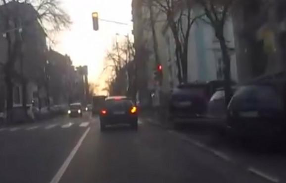 Svaki drugi automobil  u Srbiji zagađuje našu životnu sredinu