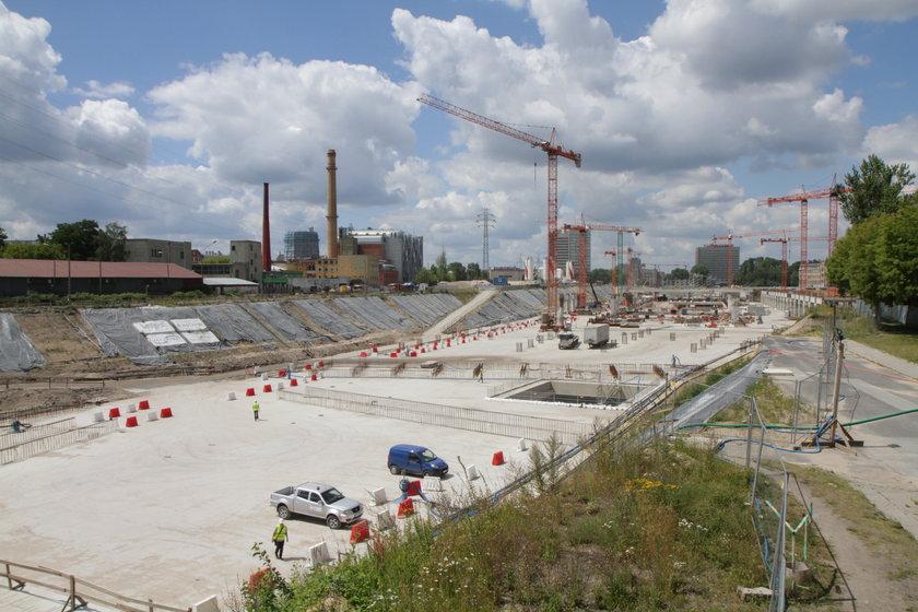 Budowa dworca Fabrycznego w Łodzi