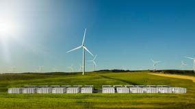 Tesla buduje wielki akumulator w Australii