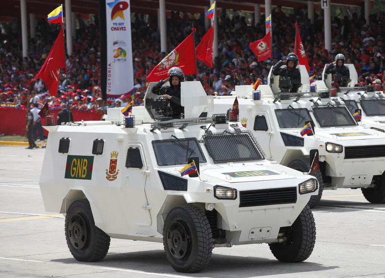 Norinco VN4 armoured personnel carriers on display in Venezuela. (Wikipedia)