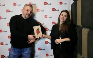 """Mira Marcinów: """"Bezmatek"""" to poezja wydana pod pozorem prozy"""