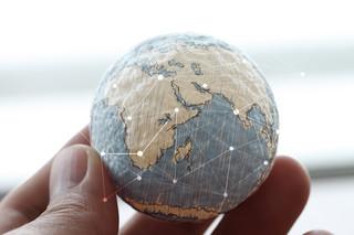 Walka z globalnym ociepleniem nie musi oznaczać zerwania ze wzrostem gospodarczym [POLEMIKA]