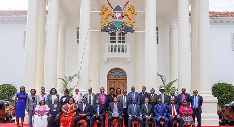 BBI taskforce at State House. President Uhuru Kenyatta appoints BBI Taskforce as Steering Committee for Implementation of BBI Report