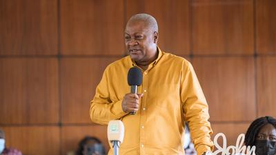 Your hypocrisy on Ghana's economic figures worrying – Mahama chides experts