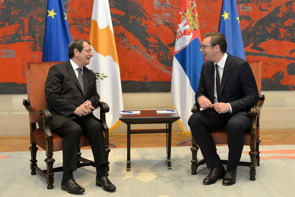 Aleksandar Vučić i Nikos Anastasijadis