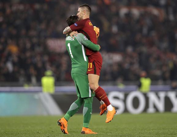 Golman Rome Alison i Kolarov slave eliminaciju Barse i prolazak Rome u polufinale Lige šampiona