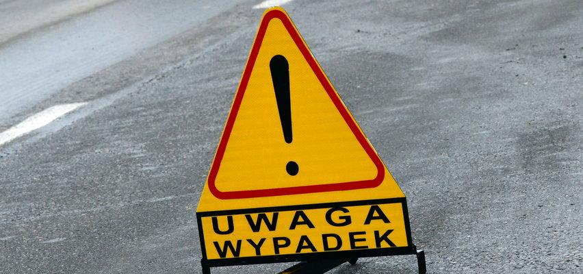 Śmiertelny wypadek w Wielkopolsce. Dwie osoby zginęły w zderzeniu z ciężarówką