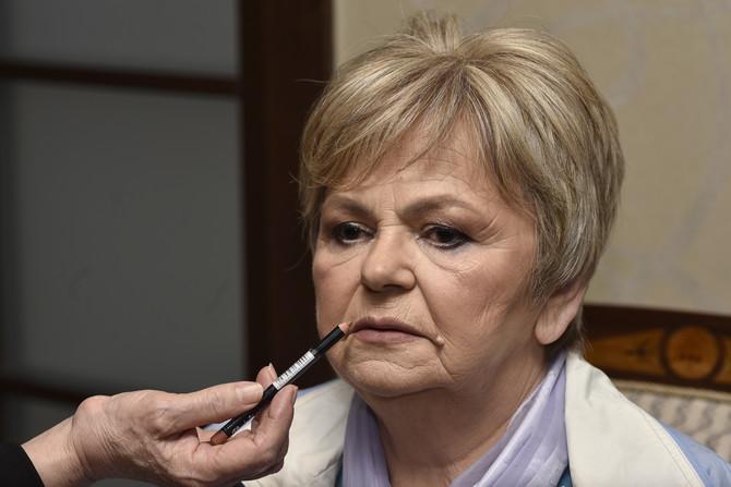 Olovka u boji usana