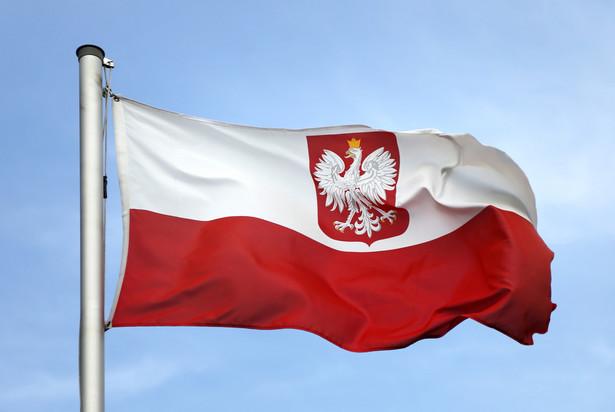 Przygotowana przez rząd nowelizacja ustawy o repatriacji została podpisana przez prezydenta Andrzeja Dudę w kwietniu br. Wprowadza nowe formy pomocy finansowej dla repatriantów oraz ułatwia powrót i możliwość osiedlania się w Polsce osobom polskiego pochodzenia.