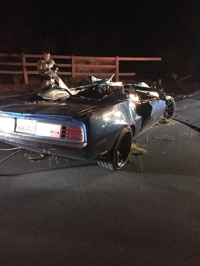 Ovako je nakon nesreće izgledao automobil u kojem je bio Kevin Hart