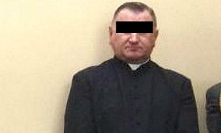 Ks. Stanisław M. usłyszał cztery zarzuty dotyczące molestowania nieletnich