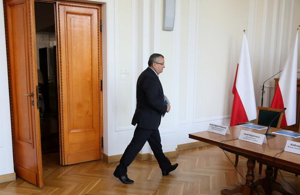 Dymisja Andrzeja Adamczyka może skutkować powstaniem nowego superresortu
