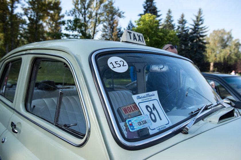 Zlot zabytkowych aut w Sosnowcu